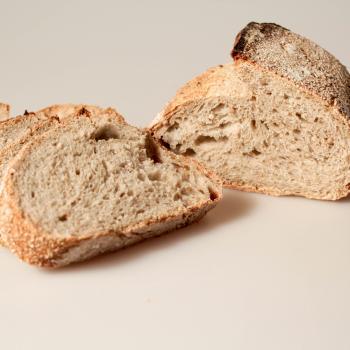 REBOLA MMC PAN SARRACENO / SARRACENO BREAD first slice