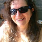 profile picture Trish Derrick
